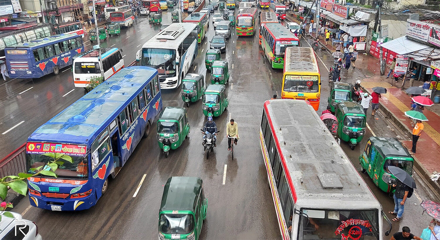 Uncontrolled Traffic in Dhaka
